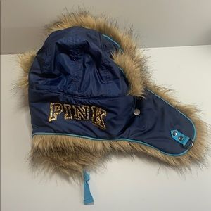 PiINK very faux furry hat NWT
